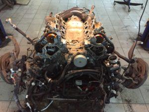Замены маслоотражающих колпачков на BMW E70 в ПрофиСервисКлуб