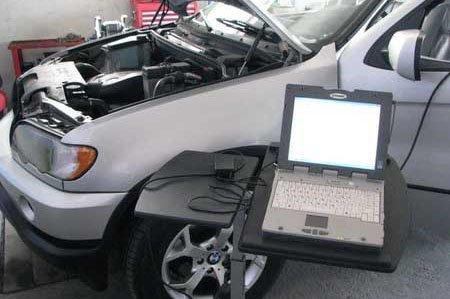 Компьютерная диагностика BMW в процессе