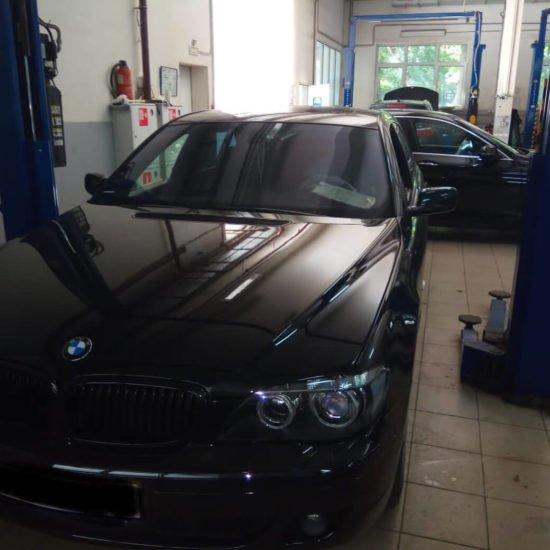 Замена сальников в BMW 7 в ПрофиСервисКлубе