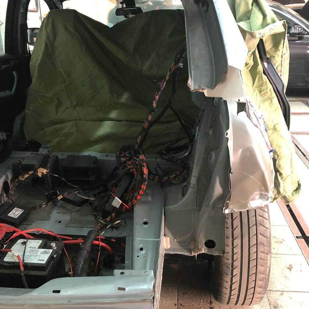 объем повреждений BMW X3 F25