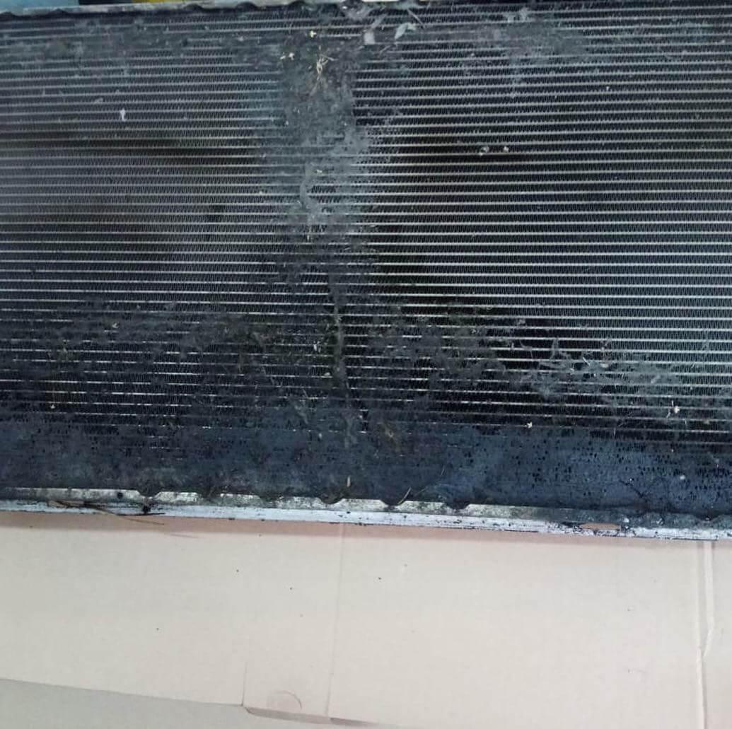 разрушение радиатора BMW