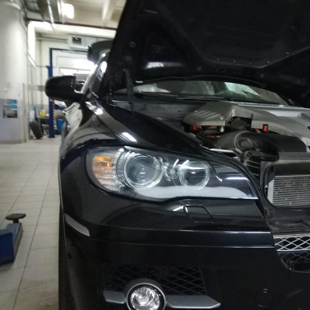 BMW Х6 Е72 с гибридной силовой установкой