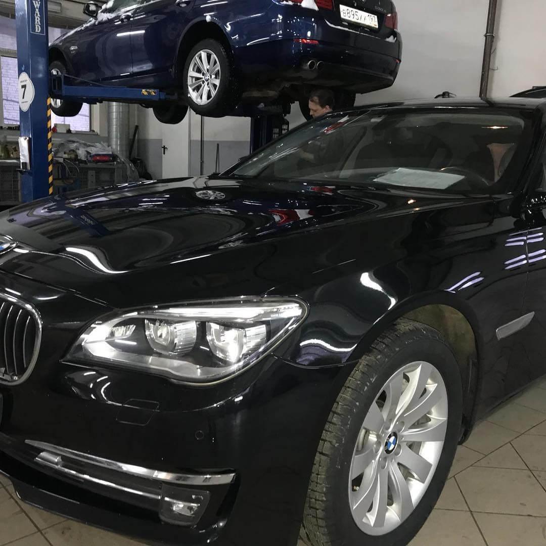 Люфт в элементах рулевого управления BMW 740 F02