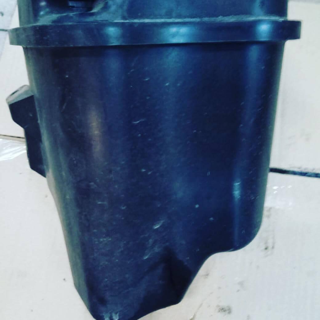 замена бачка из-за не рабочего клапана вентиляции у БМВ