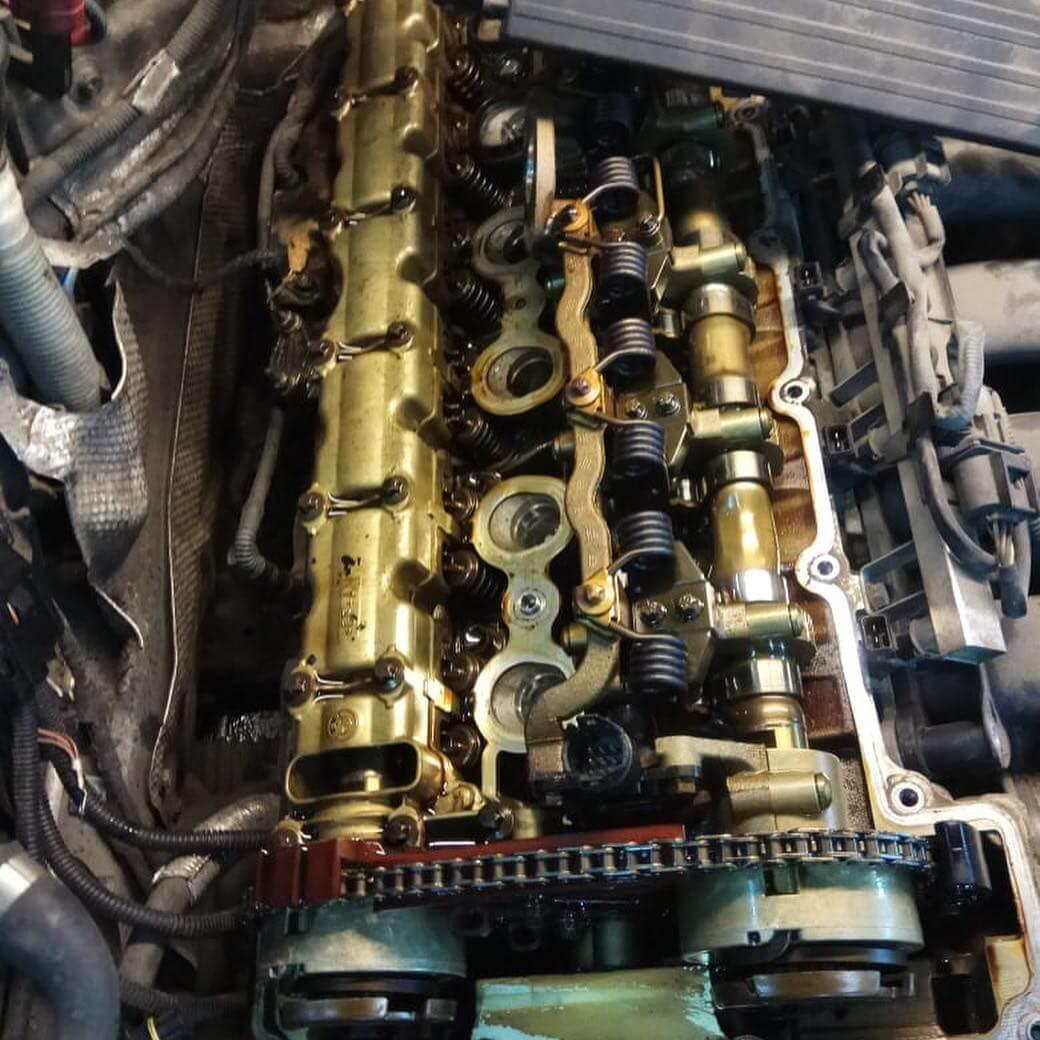 мотор в разобранном состоянии N52K