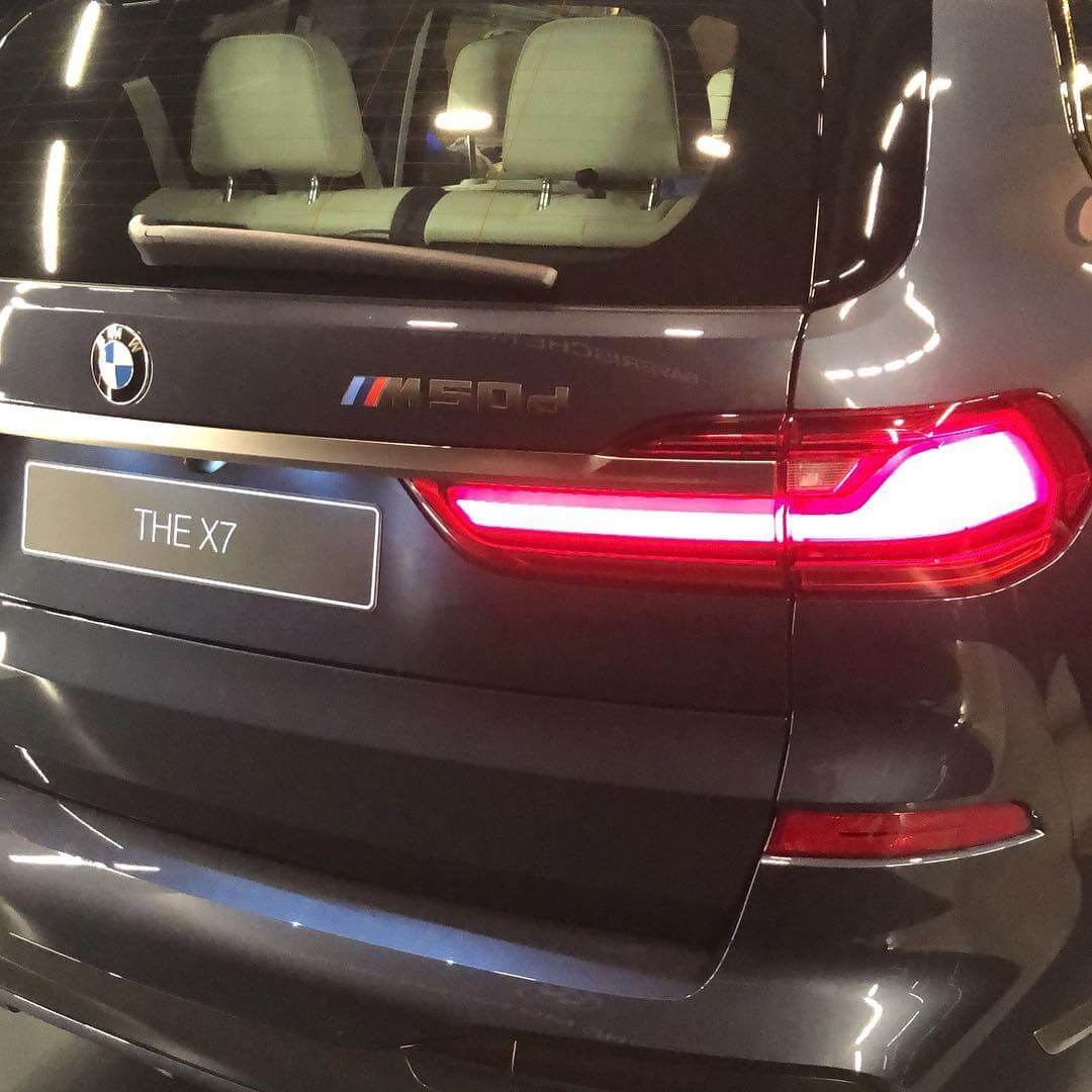 3 ряда сидений BMW X7
