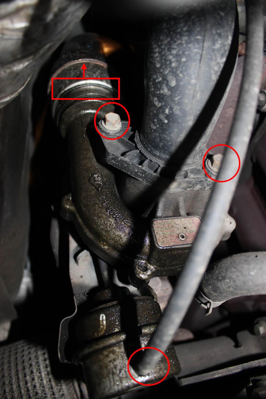 замена уплотнительных колечек на патрубке интеркулера bmw