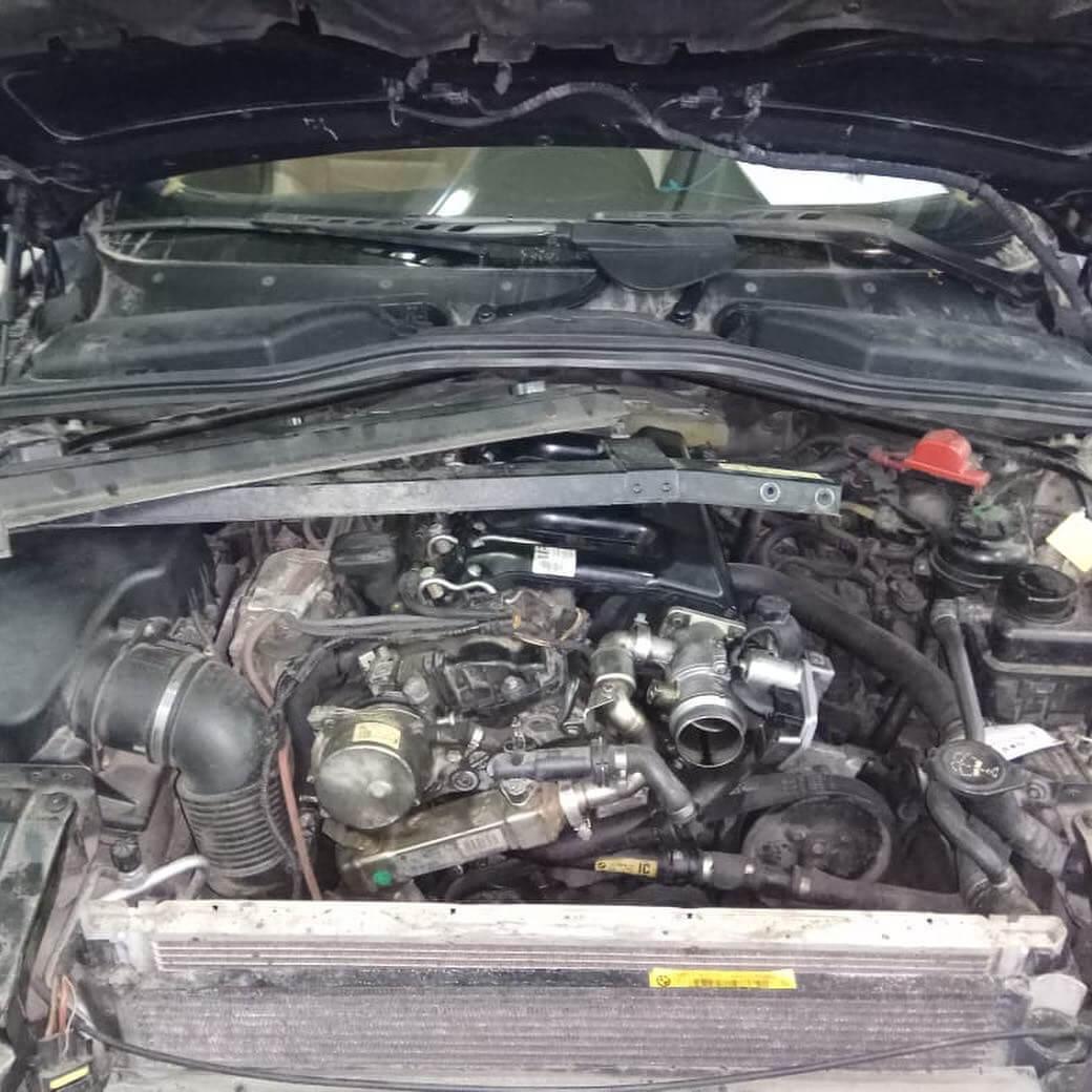 система подачи наддувочного воздуха в управлении двигателем на BMW 635 D