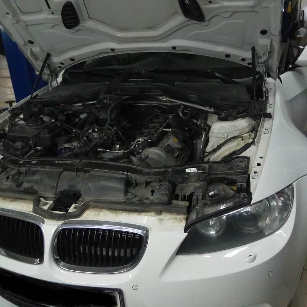 проверка работы нового стартера на BMW M3 в кузове E92 с двигателем S65