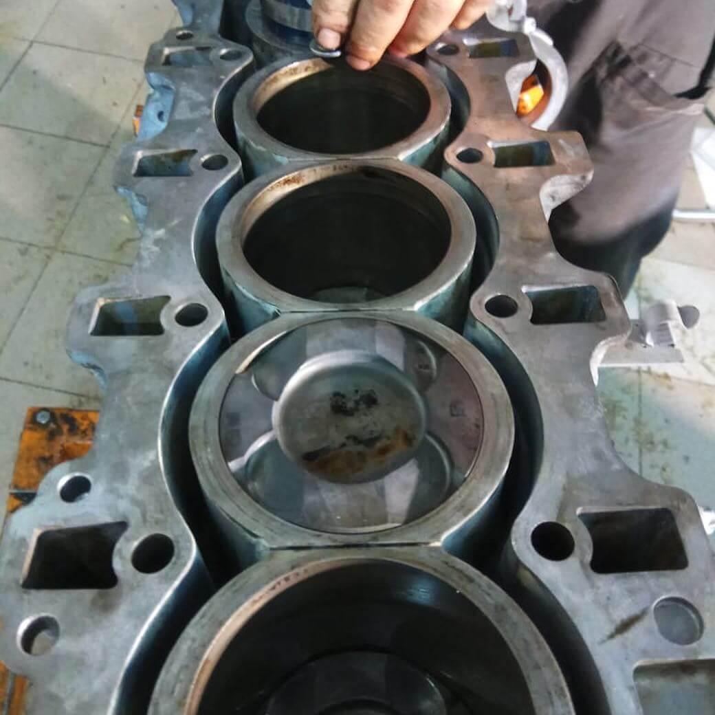 износ группы цилиндров двигателя BMW GT