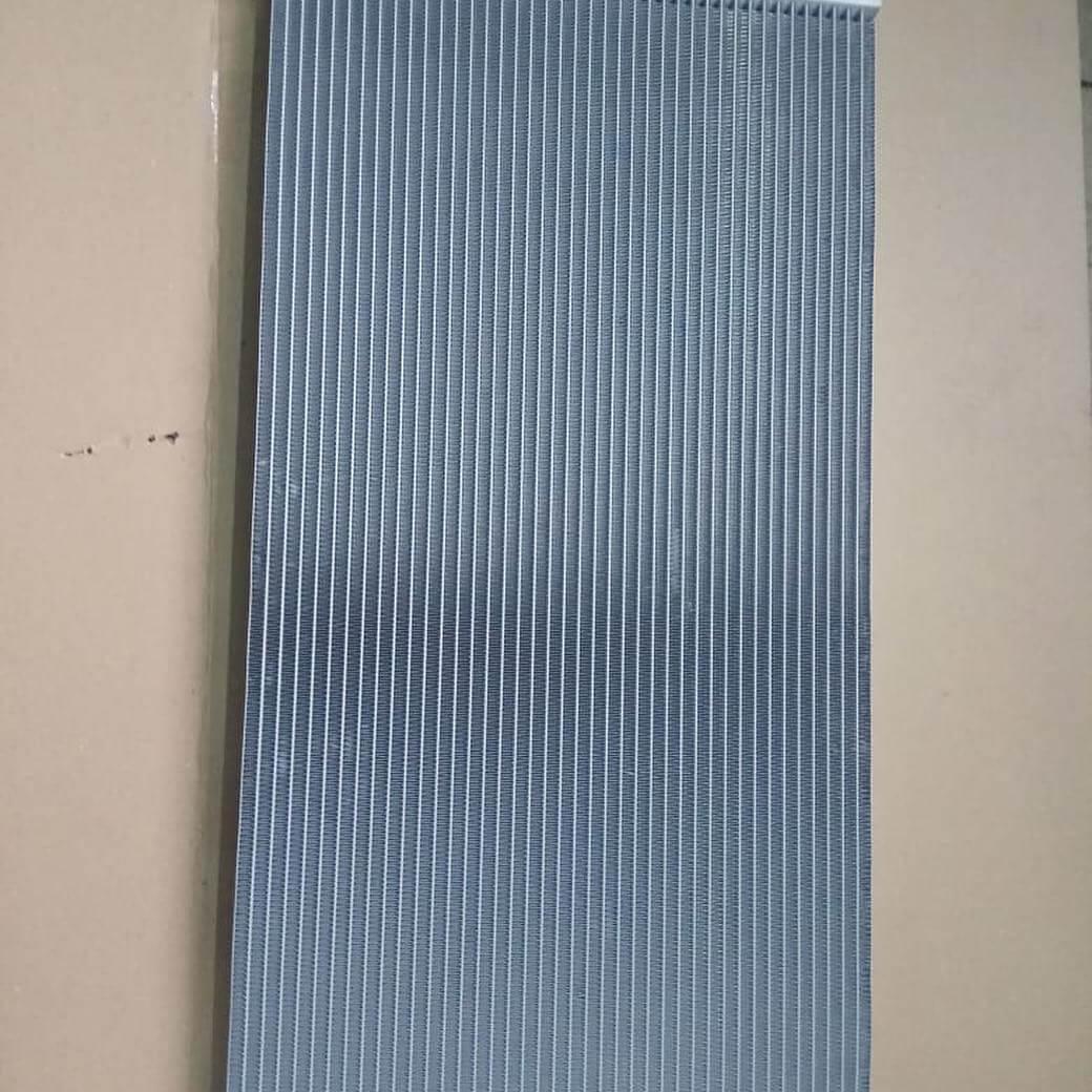 замена радиатора системы охлаждения BMW 640i