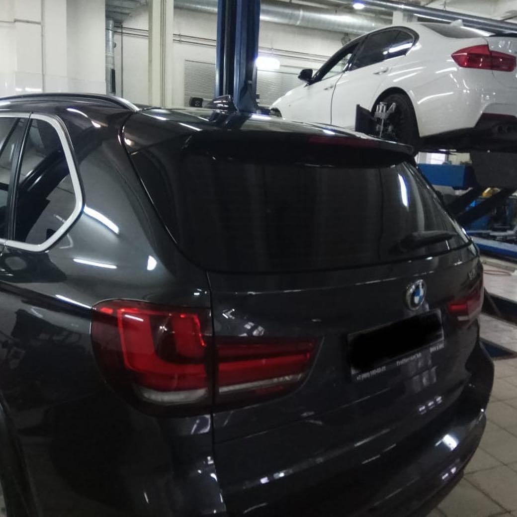 замена ремня генератора на BMWХ5 F15