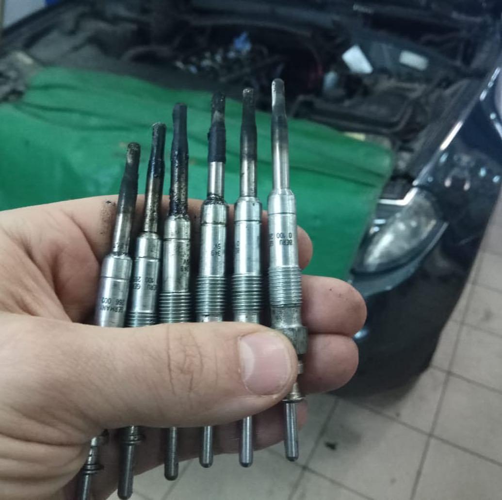 Свечи накаливания BMW X3 e83
