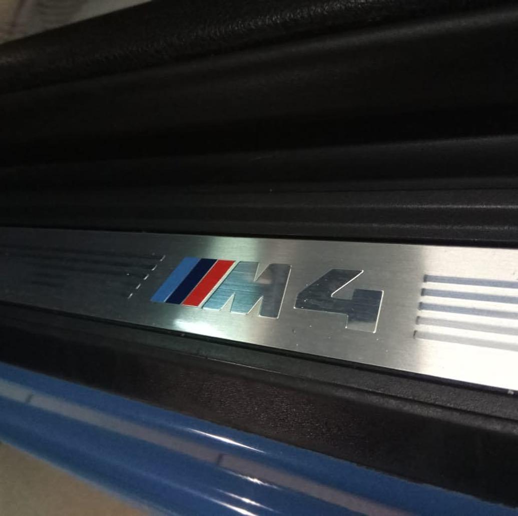 Замена уплотнительной резинки на кабриолете BMW M4