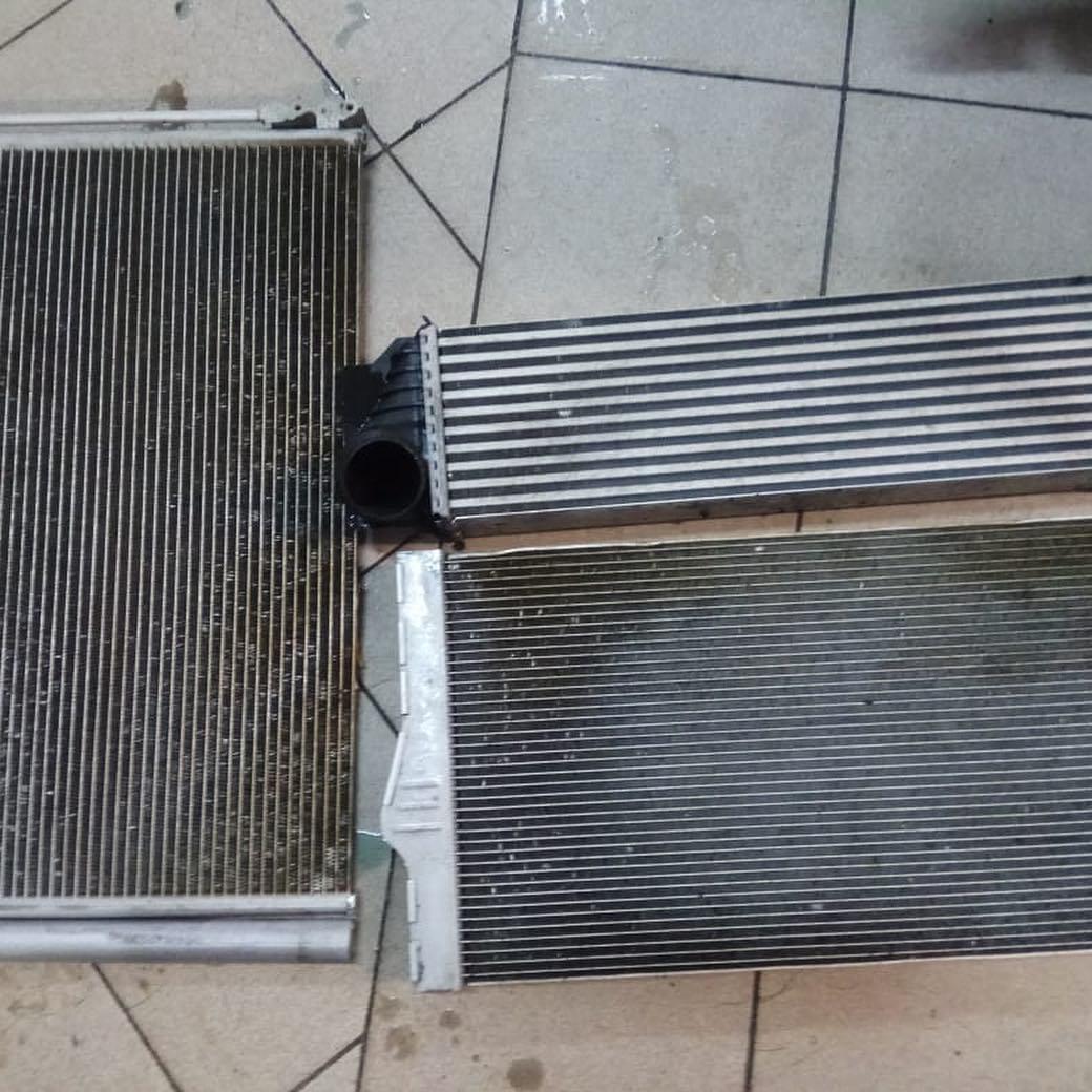 Радиаторы перед чисткой у BMW 530d