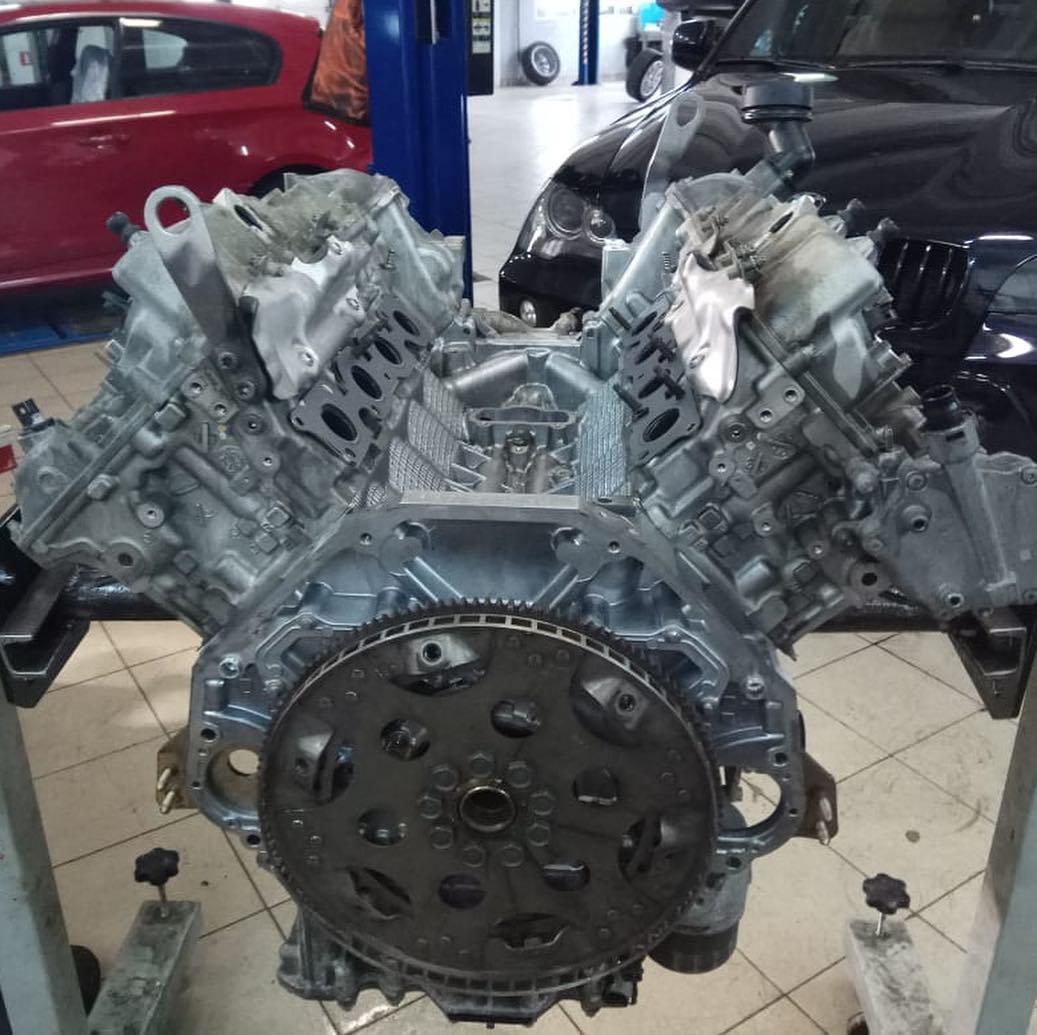 Ремонт мотора на BMW X6