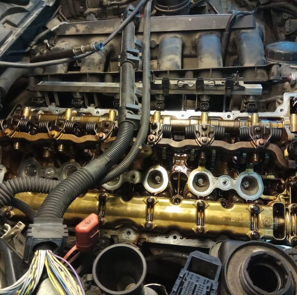 Перебор головки блока с заменой маслосъёмных колпачков на N52K BMW 3
