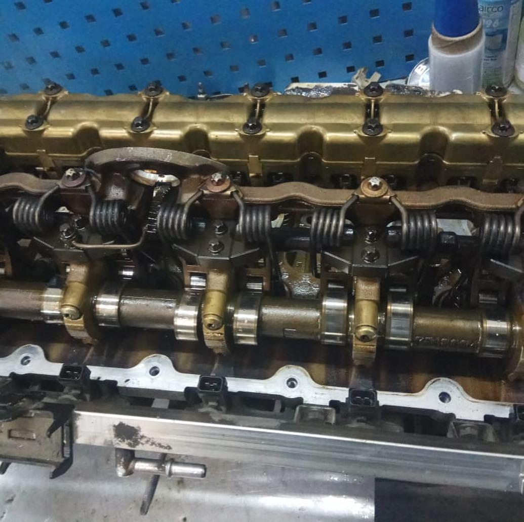 Перебор мотора N52K на БМВ 3 для устранения жора масла