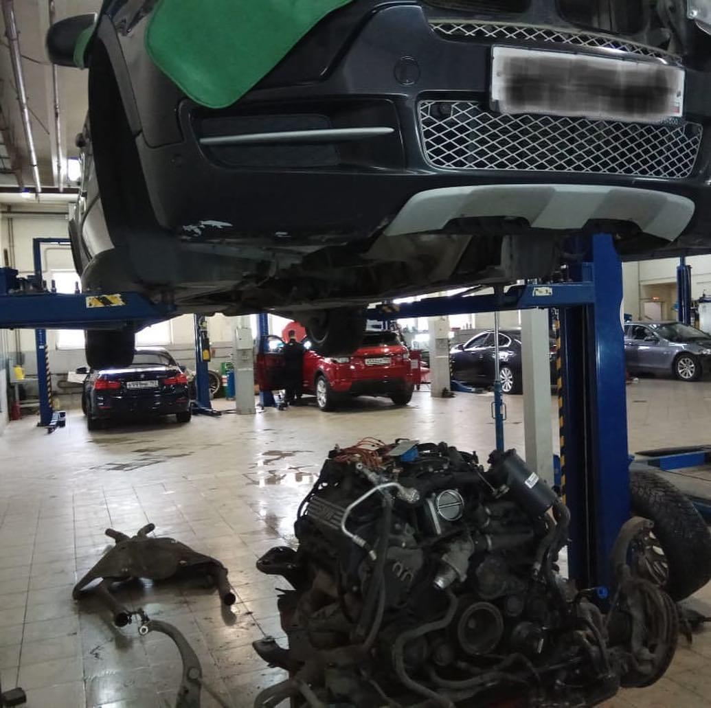 BMW X5 E70 демонтаж двигателя