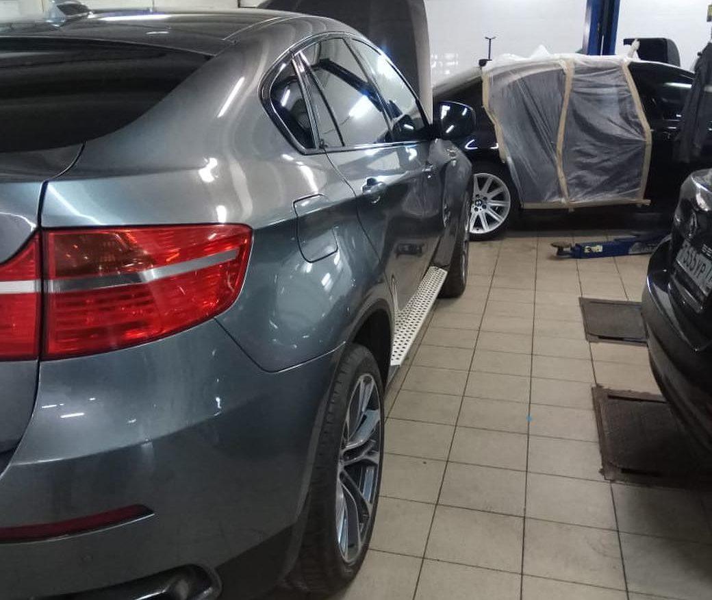 Снятие ошибки индикации открытого капота на BMW X6 E71