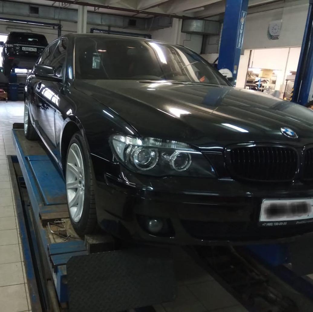 Покрасочные работы на BMW 740
