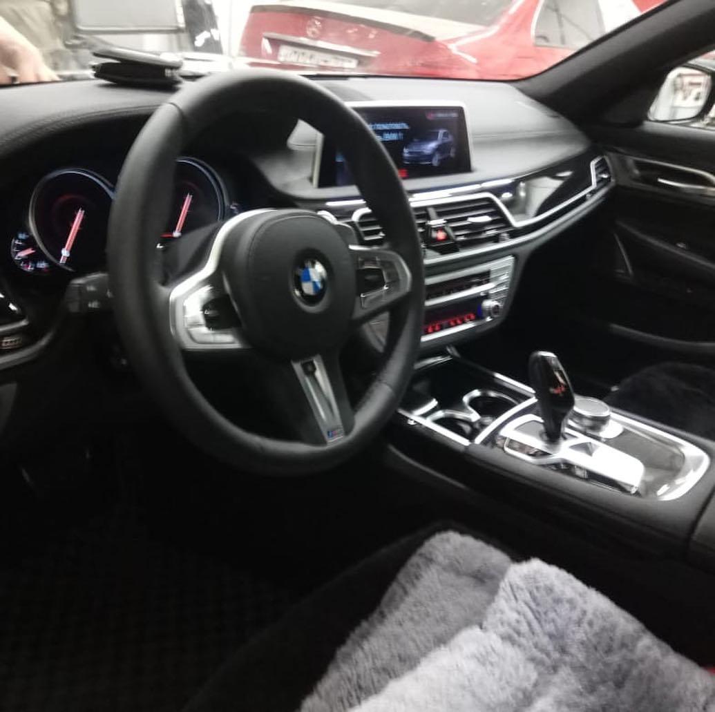 BMW 7 в кузоове G11