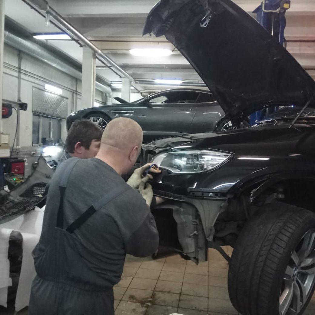 Снятие бампера с BMW X6M