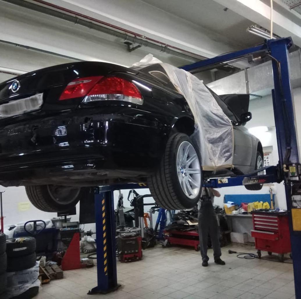 Покраска бампера BMW 740 e66