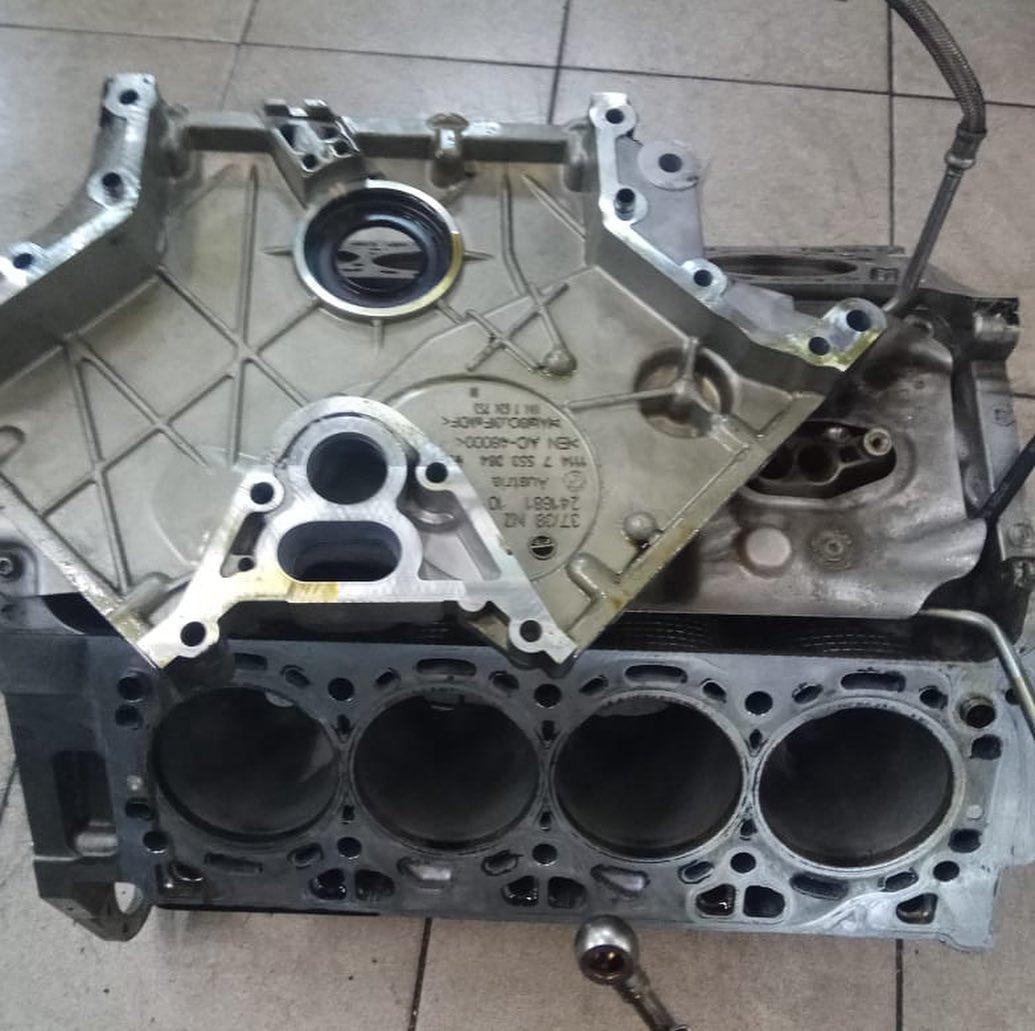 Ремонт двигателя на BMW 650