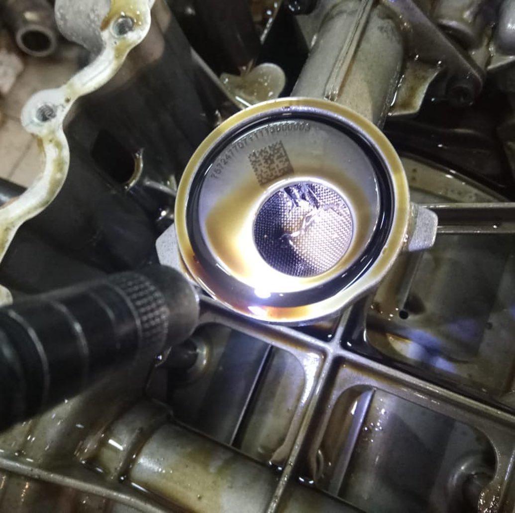 Ремонт мотора БМВ 6