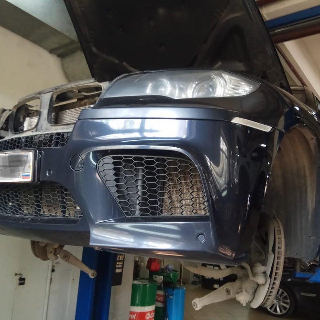 Ремонт двигателя БМВ Х6М в кузове Е71