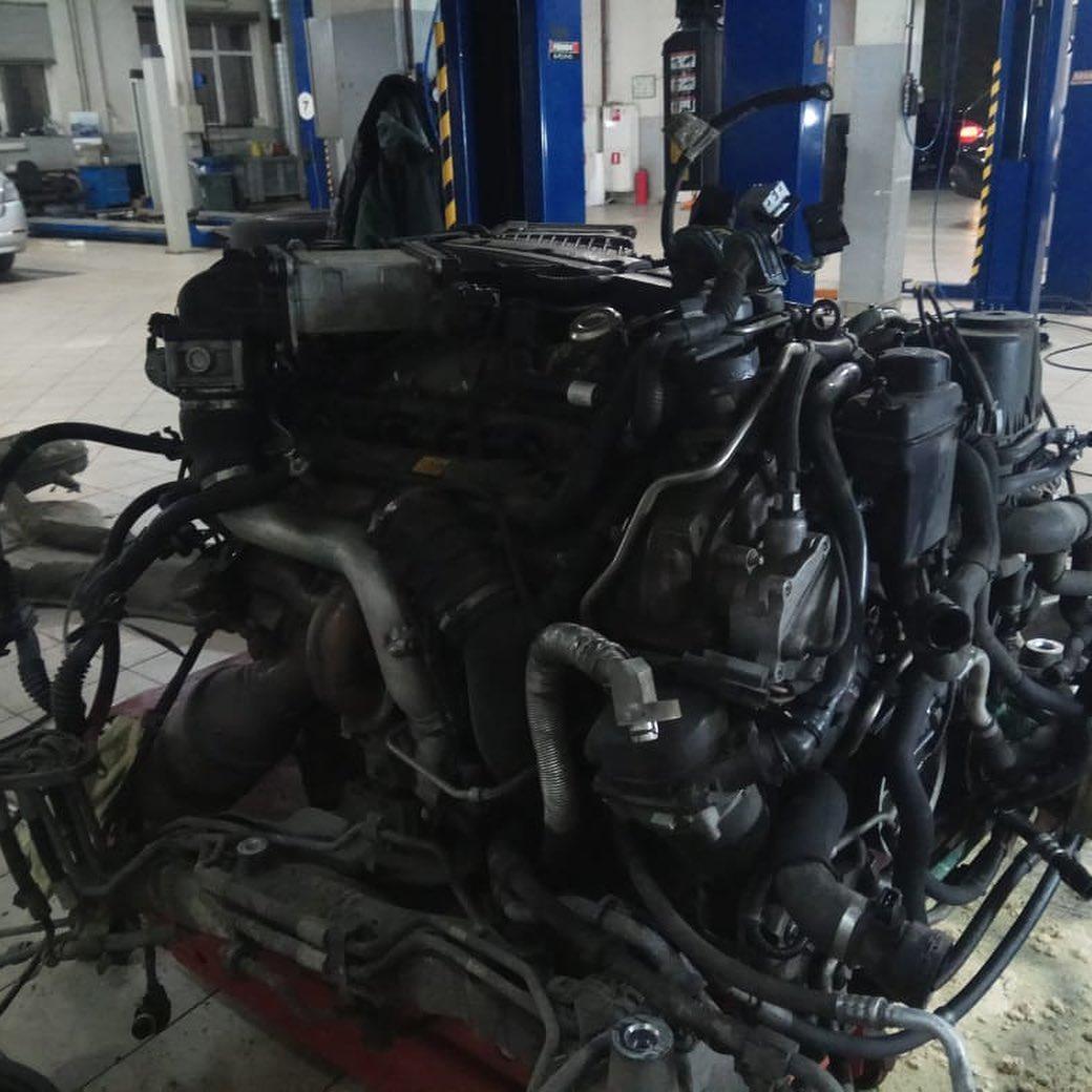 Ремонт мотора N74B60