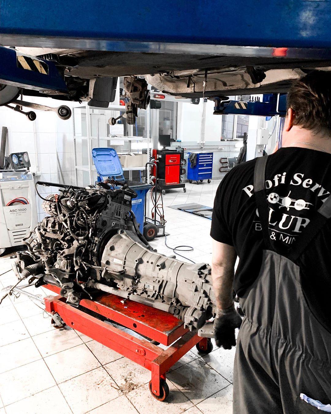 Замена цепи ГРМ со снятием мотора на BMW X1