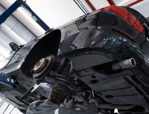Замена сальников на BMW 320d